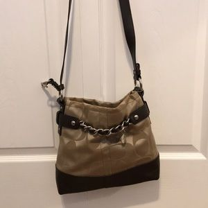 Coach bag that can be worn multiple ways!